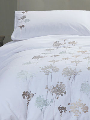 Margaret Muir Bedlinen Embroidered Bedding Philosophy